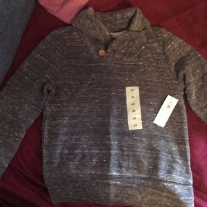 NWT Old Navy long sleeve light sweater. Size 4T